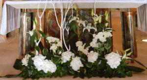 autel de fleurs pour un mariage